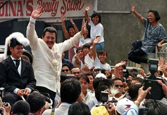 President Arroyo pardoned former President Estrada October 26, 2007