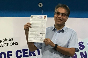 The marvelous, shooting himself in the foot, Mar Roxas